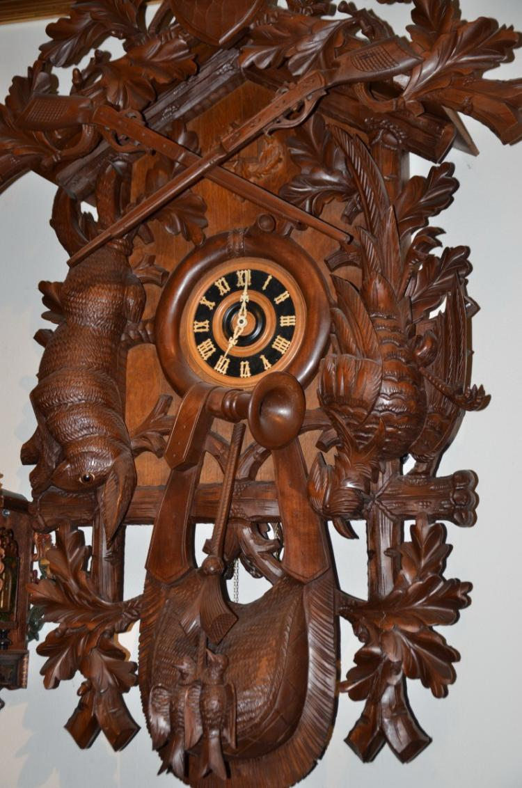 Fantastic Black Forest Cuckoo Clock with music box