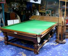 Large Pool-Table