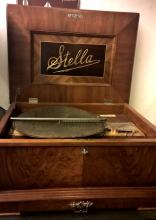 Stella Disc Music Box