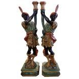2 pieces wood-carved Figures