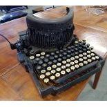 Typewriter Royal Barlock in original wooden Box