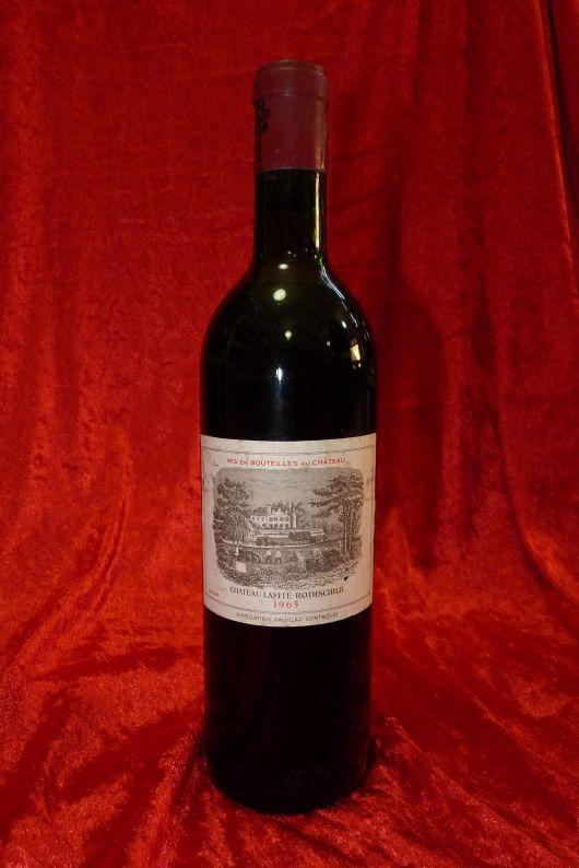 1965 Chateau Lafite Rothschild, Pauillac, France. 1 bottle 0,75 l