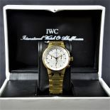 Chronograph IWC, completely made of 18ct gold 223 g. Quartz movement with Calendar. Ø 37mm. With...