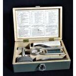 Outils pour Réparations masques C pour la défense aérienne dans coffret original.