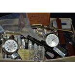 1 lot de divers outils dhorlogerie et fournitures, dont 1 montre de poche OMEGA.