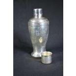 Shaker in Sterling silver 345 gr
