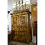 Walnut wood secretary Louis Philippe. 154 x 111 x50 cm