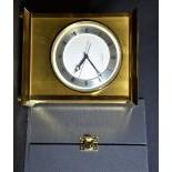 Pendulette à poser LUXOR en laiton, mouvement quartz, cadran métal à chiffres romains, avec...
