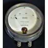 Thermomètre J. CARPENTIER de 0 à 1000 degrés. Diamètre  22cm.