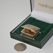 Smallest Music Box in the world