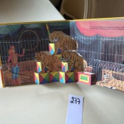 The circus. Pop-up book