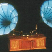 Gramophone  Jour et Nuit / Day and Night